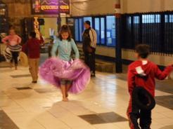 26aug2010 ダンス教室の子どもたち