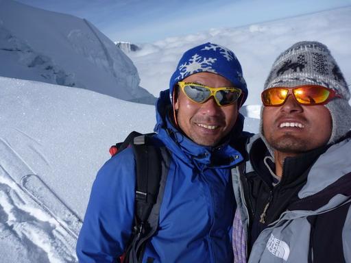 1sep2010 擬似山頂にて登頂とする