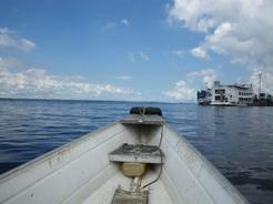 29dec2010 ボートで母船へ