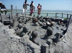 1feb2011 泥温泉 人が多いと芋洗い状態に・・・