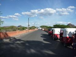 17mar2011 エルサルバドル-ホンジュラス国境の橋