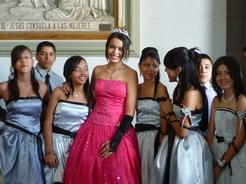 19mar2011 ピンクのドレスの子が主役