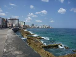 1apr2011 ハバナの海岸線