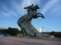 4apr2011 確かホセ・マルティの巨大な像