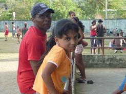 7apr2011 フレディリスについてきた次女のメレッサ