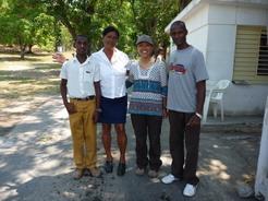 13apr2011 ラサロ、マイコルと何故か受付のおばちゃん