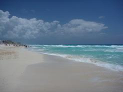 23apr2011 カンクンのビーチ