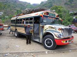 3jun2011 ウエウエテナンゴ行きのバス