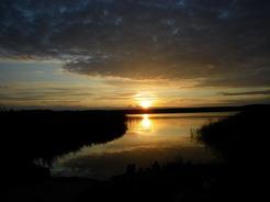 23jul2011 久々に湖越しの夕日がキレイだった